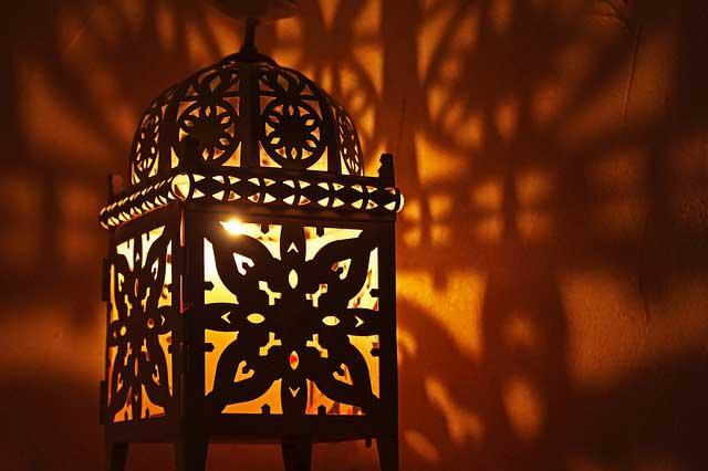 Gartenlaterne mit LED Schatten